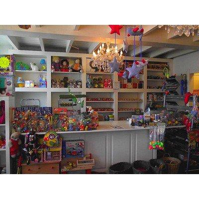 http://www.zoet.nu/pictures/_slideshow/speelgoedwinkel1.jpg